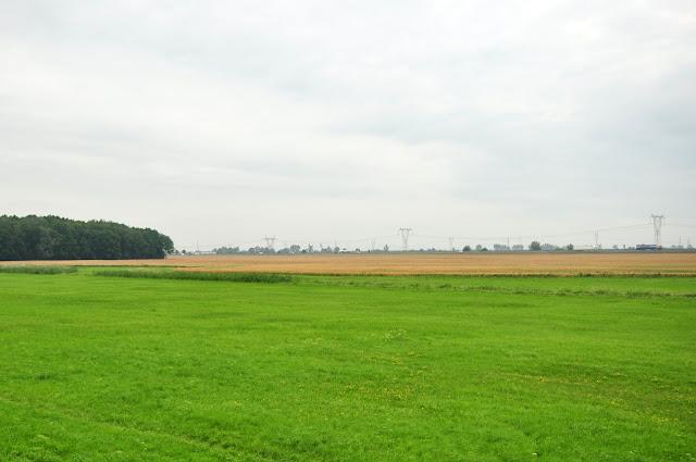 Nieistniejące już grodzisko stożkowe w Dąbrowce