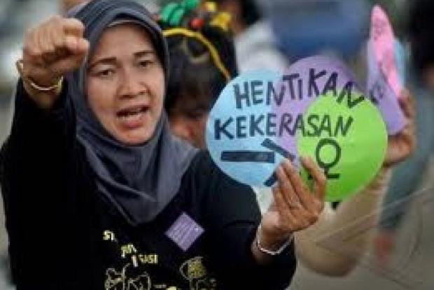 Aksi women s day menyerukan kedamaian