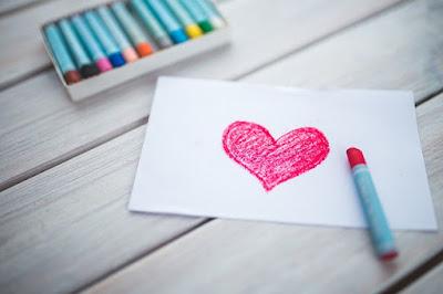 Pengaruh Lagu Saat Orang Jatuh Cinta