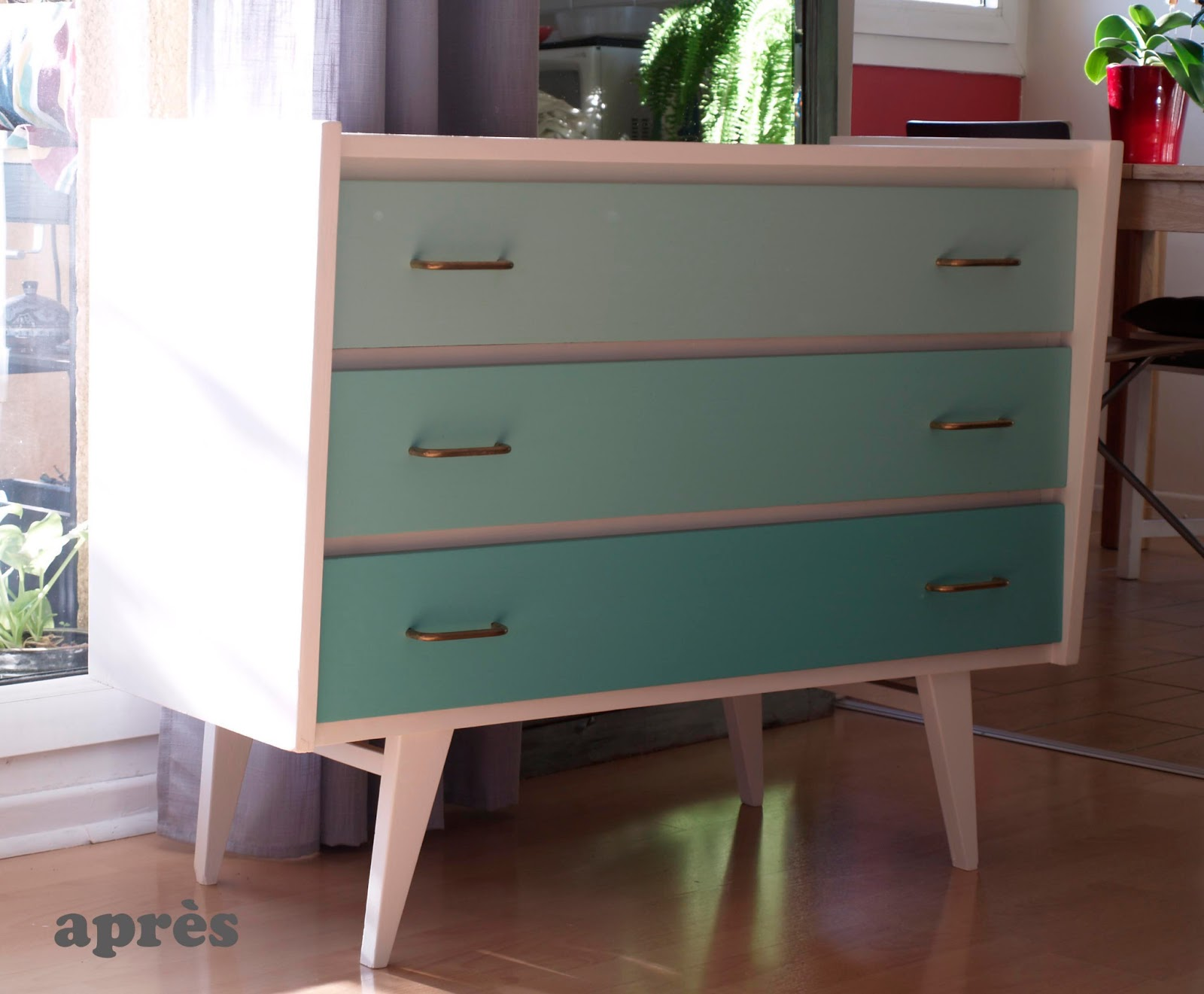 divin 39 id le blog d co avant apr s relooking commode. Black Bedroom Furniture Sets. Home Design Ideas