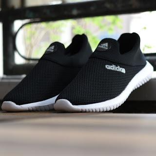 Sepatu Adidas Slip On Pria Wanita Hitam