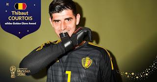 كورتوا حارس منتخب بلجيكا يحصل على جائزة أفضل حارس مرمي في بطولة كأس العالم 2018 في روسيا