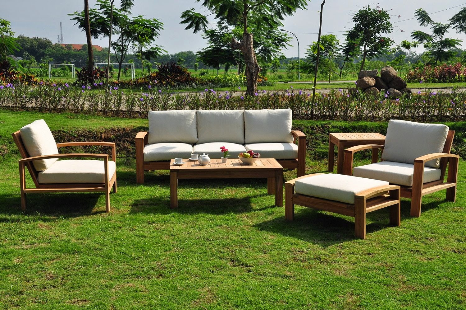 Modern Outdoor Sofa: Teak Outdoor Sofa