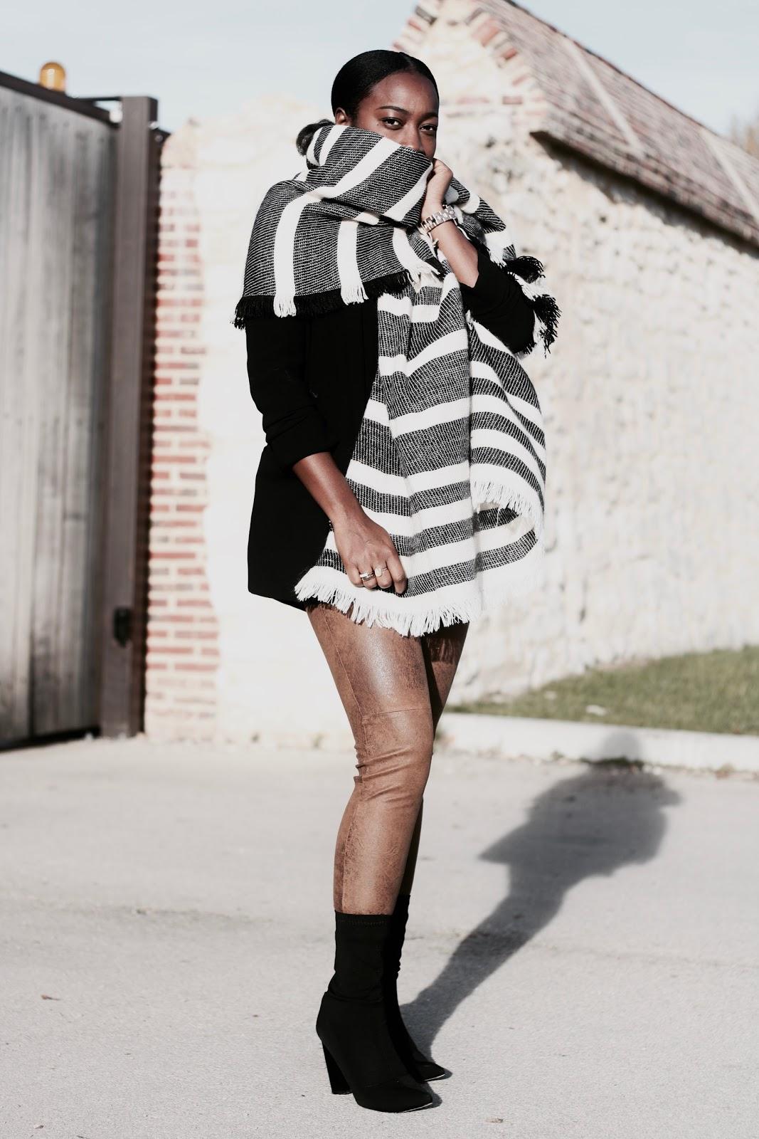 echarpe-oversize-pantalon-suedine-veste noire