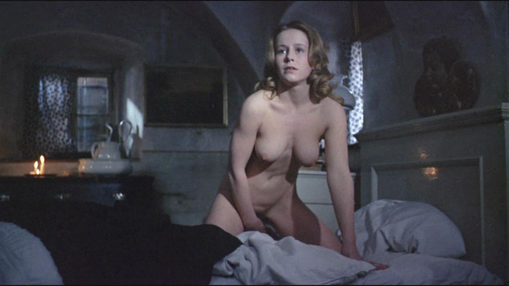 Lina romay nude scenes from mil sexos tiene la noche 9