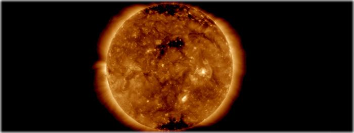 rajada de vento solar proveniente de buraco coronal