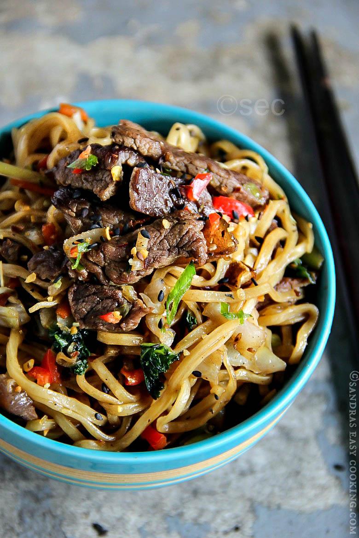 Valentine's Day Dinner Ideas - Beef Yakisoba
