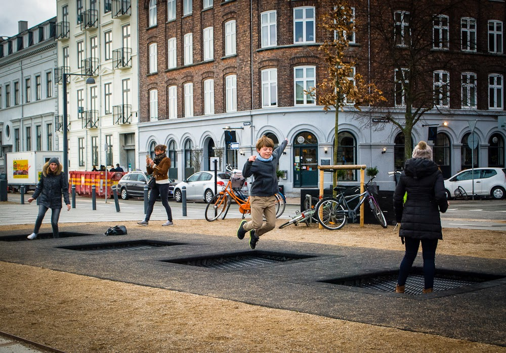 copenhagen trampoline in the streets