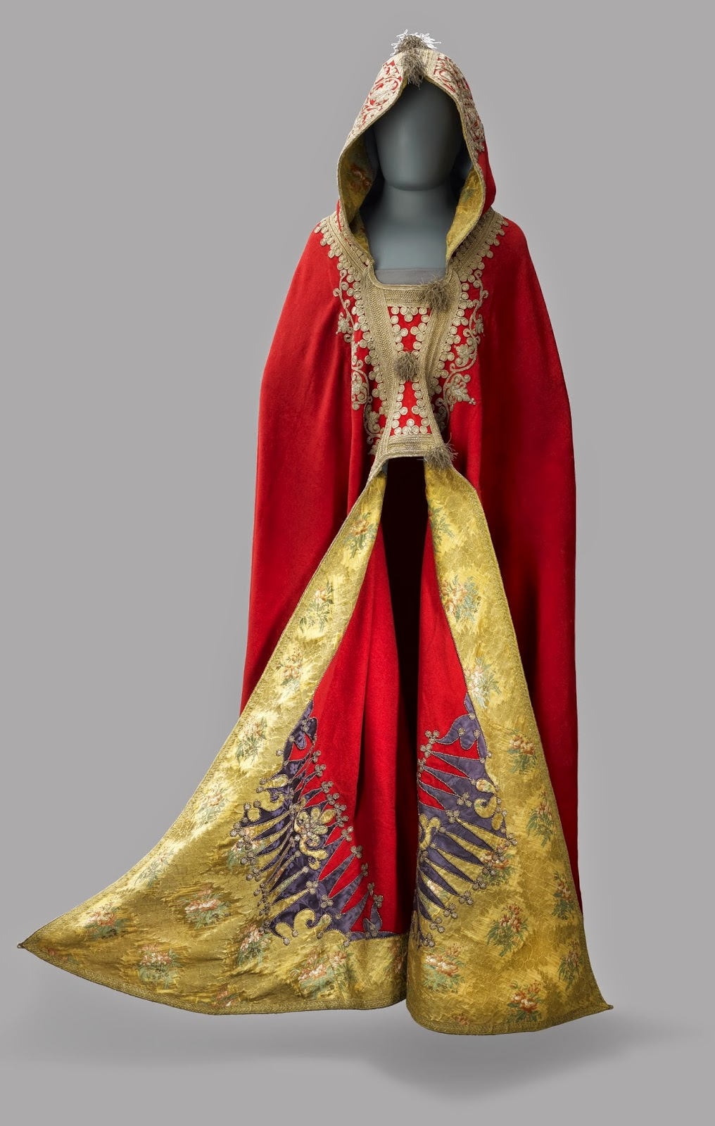 Cloak belonging to Napoleon Bonapartetaken from the Emperor's   fleeing baggage train and presented to George, Prince Regent,  by Field-Marshal Blucher (1797-1805)  Royal Collection Trust © Her Majesty Queen Elizabeth II 2014