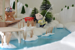 Sylvanian Families, winter fishing, winter fun, winter swimming, Polaris Bear