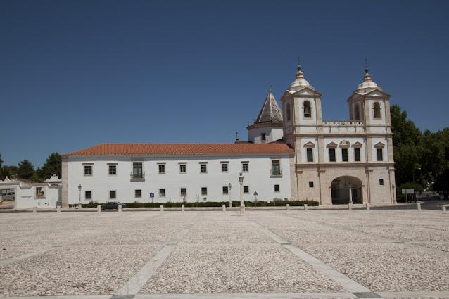 Vila Vicosa-Chiesa
