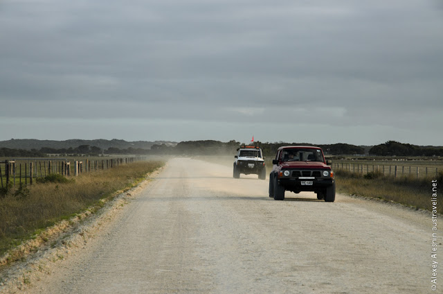 Serious brutal off-road rigs along the way to Little Dip Conservation Park
