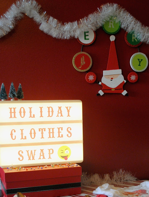 Get ideas for a Holiday Clothes Swap party over at www.FizzyParty.com