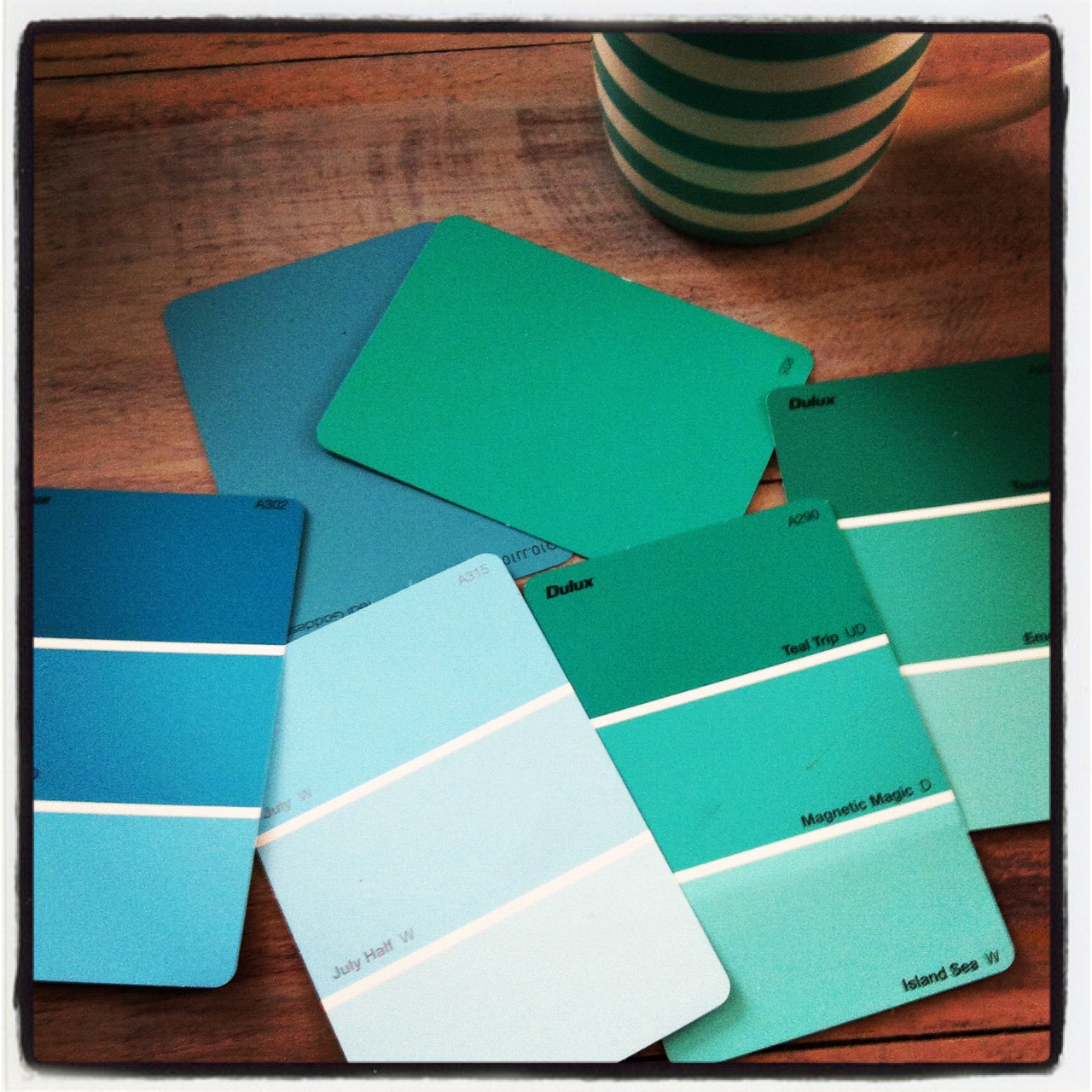 Coastal Home Love: 50 Shades of Turquoise ~ A Coffee Table
