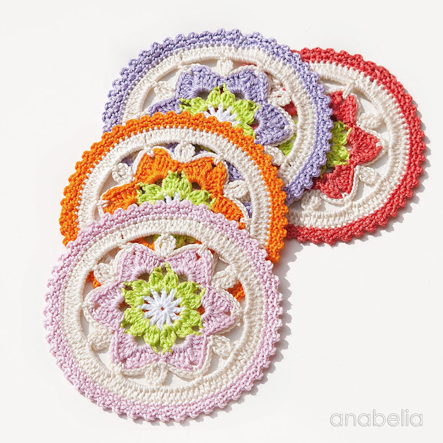 Daffodil crochet coasters pattern by Anabelia Craft Design