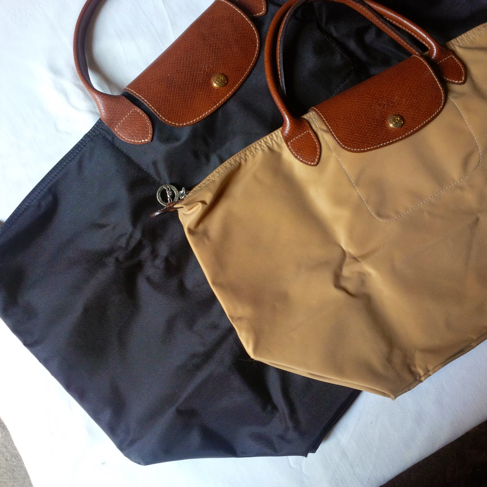 4f537ef85aba Spotted  Fake Longchamp Le Pliage - The Bitch is back!