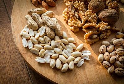 Es recomendable añadir frutos secos a cualquier dieta