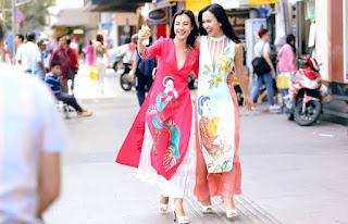 Hoàng Oanh và nữ ca sĩ Ái Phương