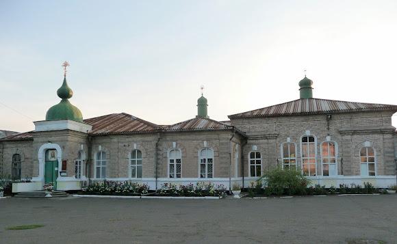 Авдіївка. Свято-Миколаївський храм
