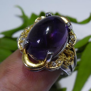 cincin bertuah, barang tarikan, mustika pelet, mustika pengasihan, mustika kecubung, mustika tarikan, barang tarikan, benda bertuah, dunia mistik, barang mistik