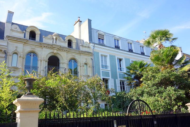 paris mes 10 cit s parisiennes pr f r es belleville m nilmontant oberkampf les epinettes. Black Bedroom Furniture Sets. Home Design Ideas