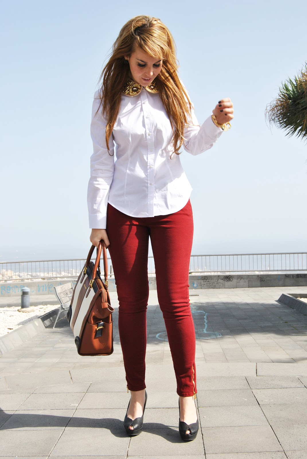 nery hdez, rowme necklace, burgundy pants