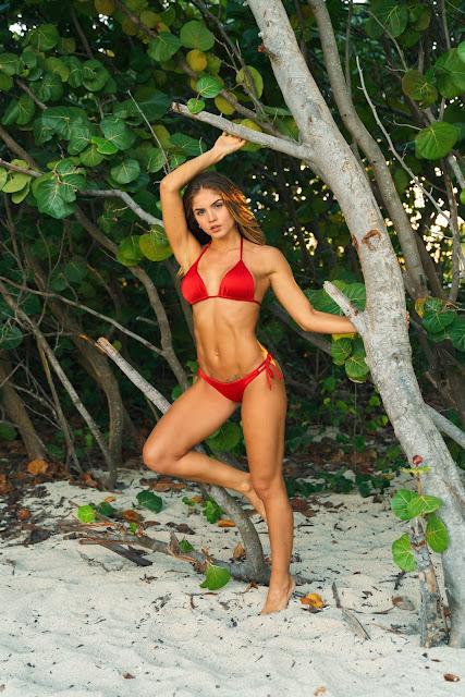 fotos de la modelo colombiana Valeria Duque
