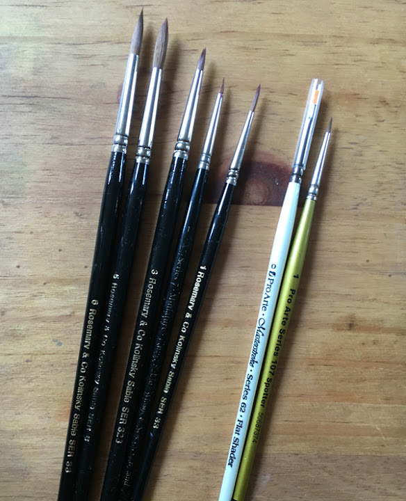 A range of different sized paintbrushes