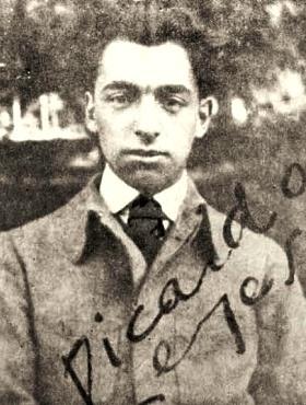 Imagen de Pablo Neruda cuando era más joven