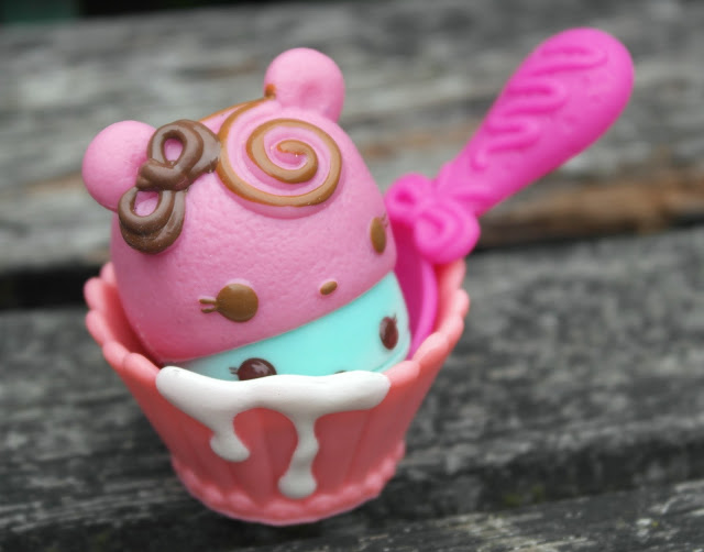 Num Noms Series 1 Blog Review
