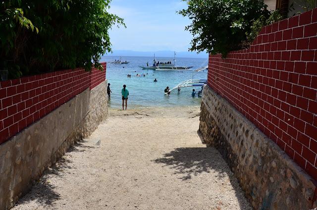 Philippines - Moalboal - Panagsama Beach