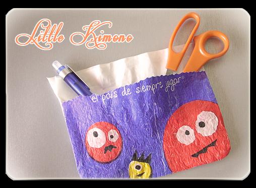 http://little-kimono.blogspot.com.es/2014/07/reto-reciclar-bolsas-de-plastico-de_7.html