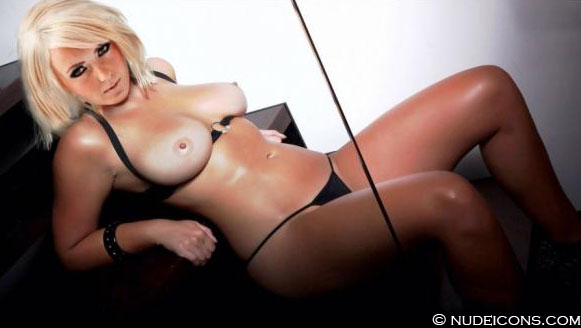 celebrities naked Jessica Nigri