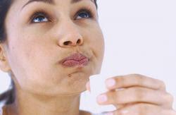Obat Radang Tenggorokan Paling Ampuh Dari Bahan Alami Dan Apotik