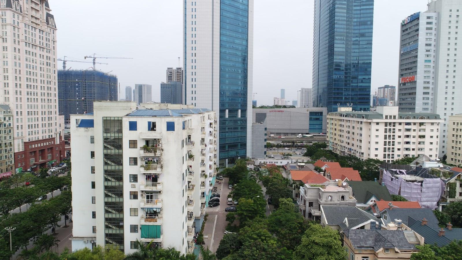 Hướng Đông Bắc nhìn ra Keangnam,đường Phạm Hùng