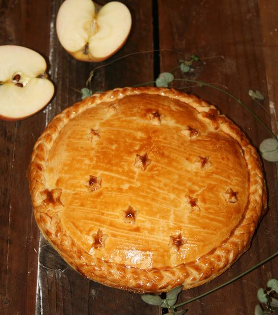 """alt=""""galette des rois pomme-amande"""""""
