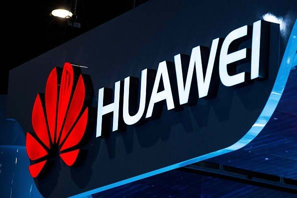 Huawei set to sue U.S., New York Times