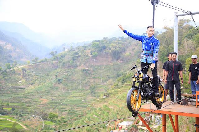 Sepeda terbang Wisata Ujung Kulon Janggan Magetan