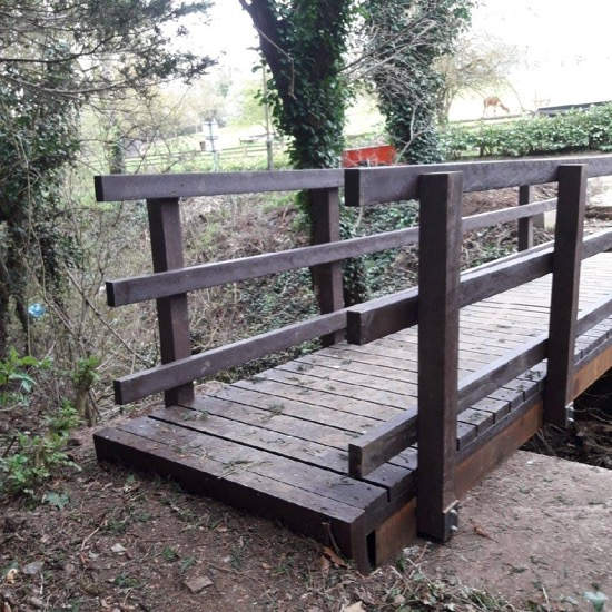 Image: The new footbridge made of metal and recycled plastic Image courtesy of the Hertfordshire Countryside Management Service