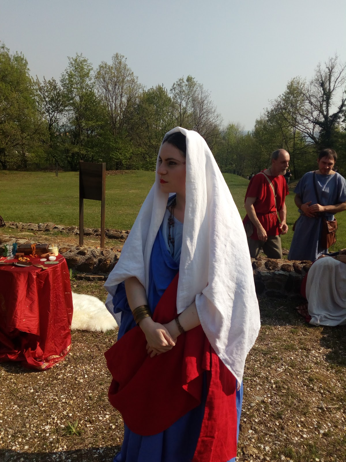 New Ancient Roman stola and veil in linen