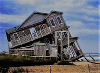 Resultado de imagem para a casa caiu