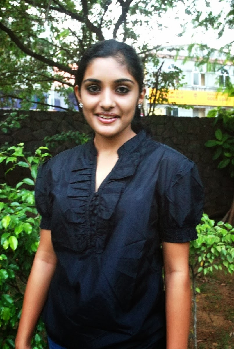 Glamorous Niveda Thomas Without MakeUp Photos