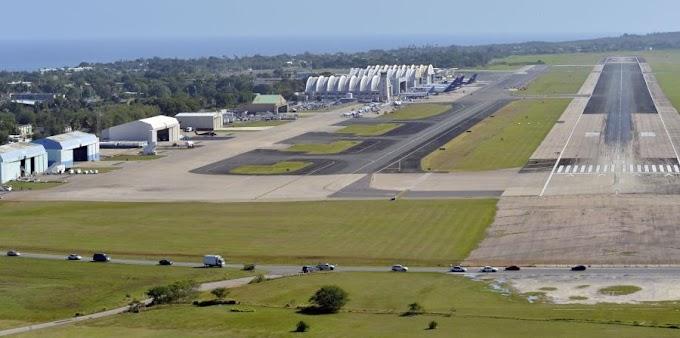 Federales confiscan $850.000 y cinco armas a dominicano que  iba en avión privado a Punta Cana