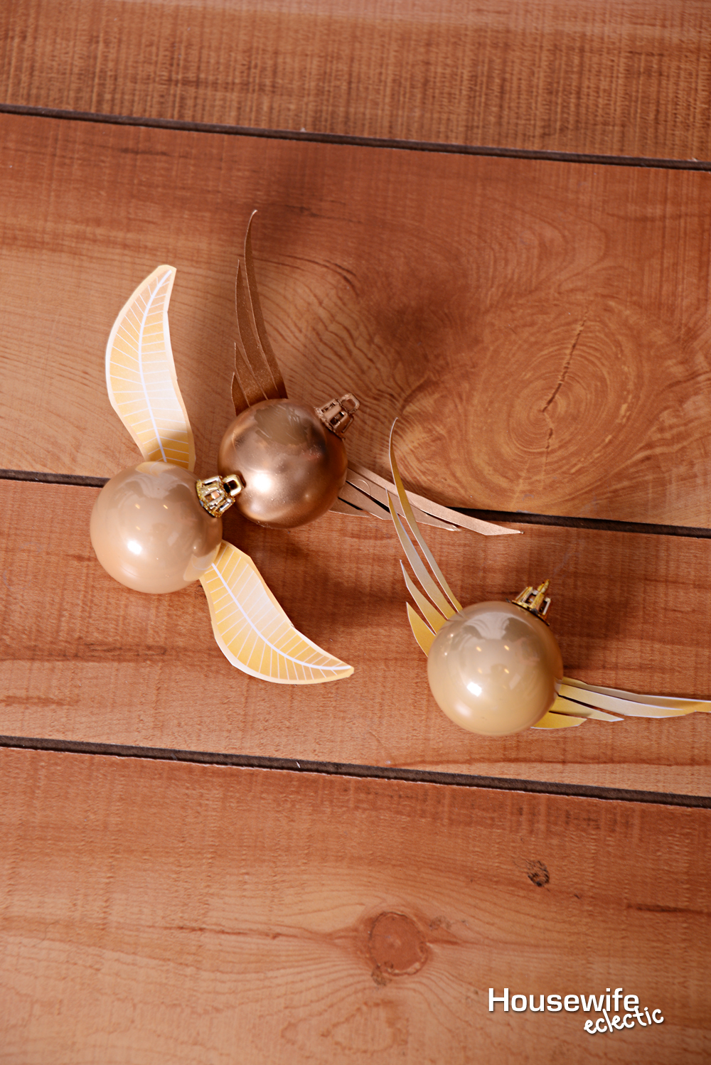 graphic regarding Golden Snitch Wings Printable named Golden Snitch Ornament with printable wings - Housewife Eclectic