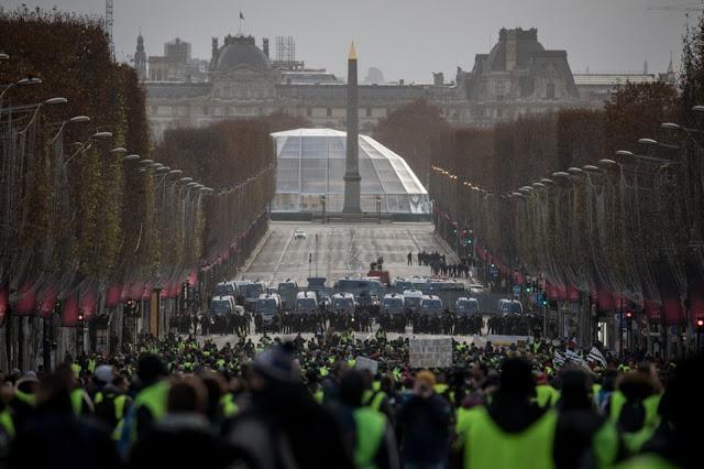 Οι διαδηλώσεις στην Ευρώπη και η πρωτοτυπία με τις Πρέσπες
