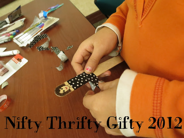 http://librarymakers.blogspot.com/2012/12/nifty-thrifty-gifty-2012.html
