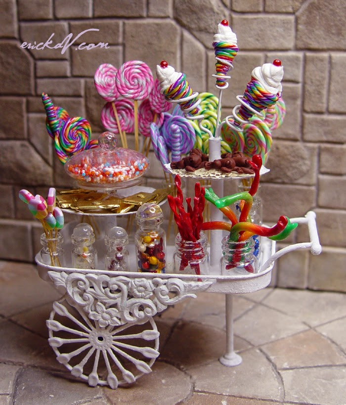 EV Miniatures: Honeydukes Inspired Candy Cart