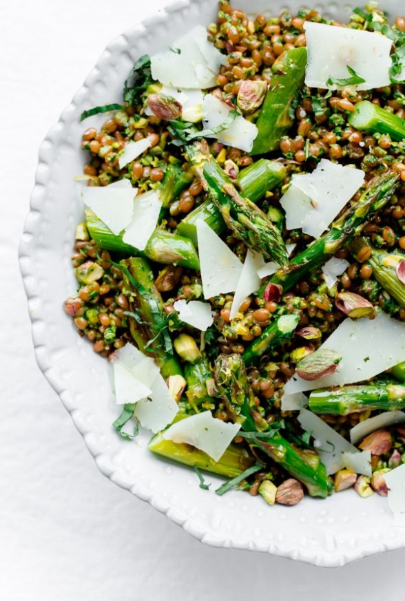 Roasted Asparagus Wheat Berry Salad