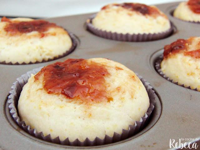 Muffins de queso y mermelada de higo