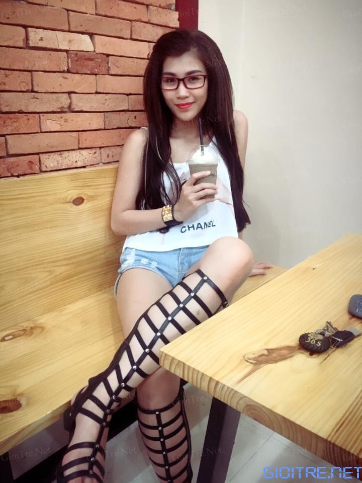 Em girl dang chuan show hang tu suong maeligdegaeligiexclng18 - 1 5